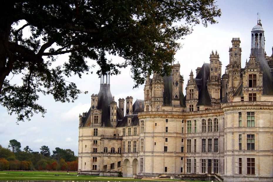 circuits-touristique-visite-privee-avec-chauffeur-prive-et-guide-paris-chateau-de-la-loire
